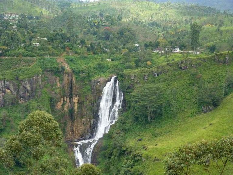 شلالات ديفون - منتزهات في سريلانكا Sri Lanka