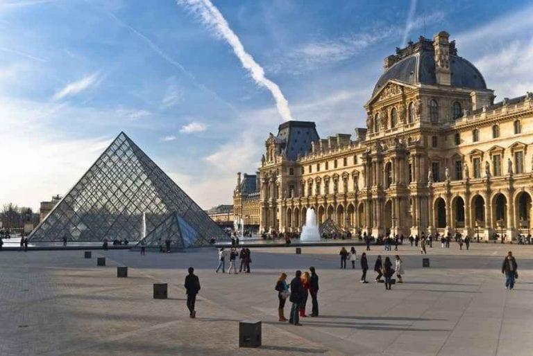 إليك..أشهر وأهم المتاحف في باريس..