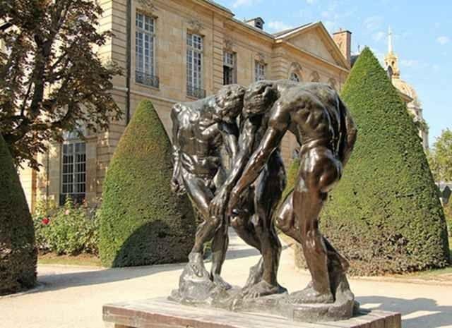 إليك..أهم وأشهر المتاحف فى باريس..
