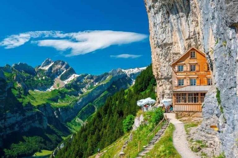 جبال الألب فى سويسرا
