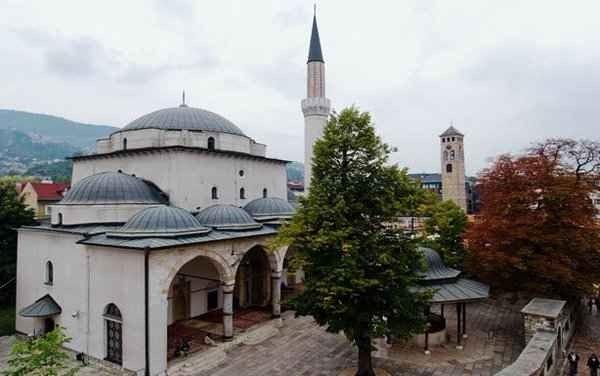 مسجد غازي خسرو بيك في سراييفو ...منتزهات في سراييفو Sarajevo