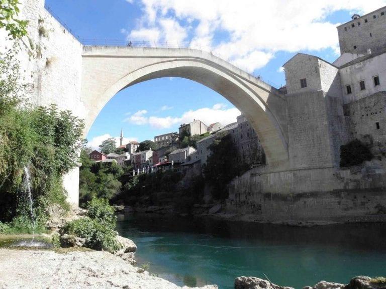 الجسر القديم
