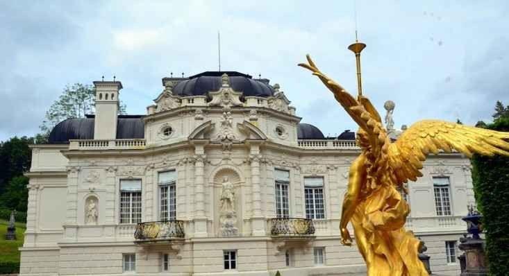 قصر لاندر هوف