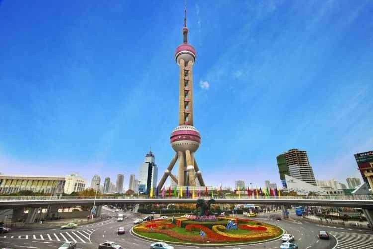"""- اليوم الثانى """"برج لؤلؤة الشرق - و يوان بازار """" .."""