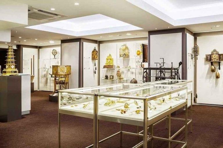 متحف باير للساعات في زيوريخ - المتاحف في زيوريخ Zurich