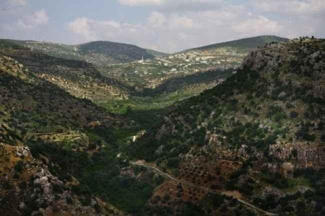 """"""" جبال عجلوانAjloun Mountains """" .. افضل اماكن السياحة في عجلون الاردن .."""