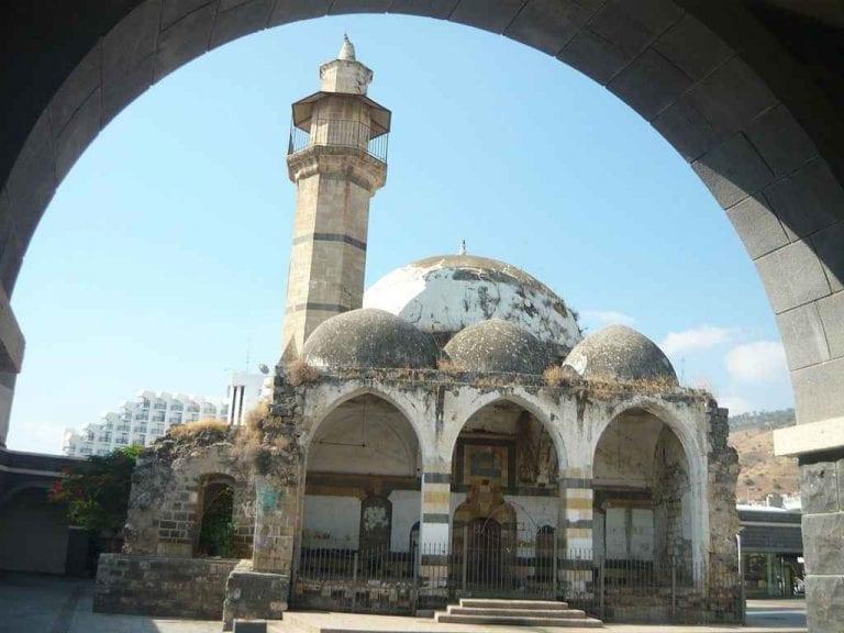 الجامع الكبير في مدينة طبريا