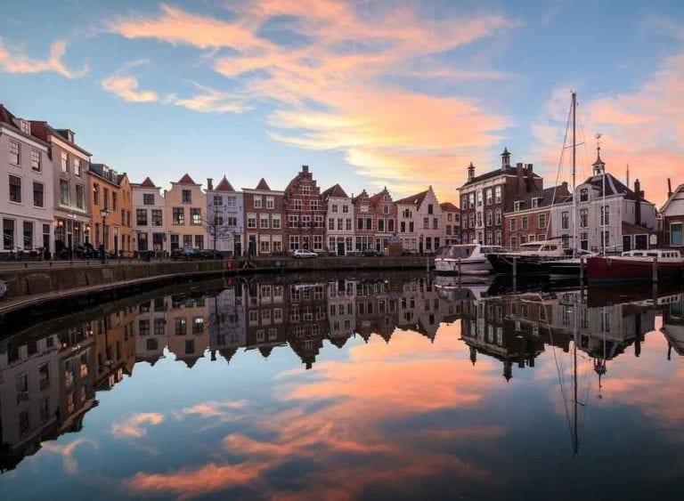 التوقيت المناسب لزيارة زيلند الهولندية