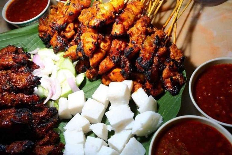 ساتي- الأكلات المشهورة في ماليزيا Malaysia
