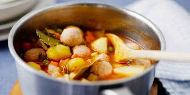 شوربة السجق - الأكلات المشهور في فنلندا Finland