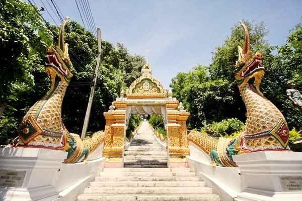 """معبد """"الجبل الذهبى"""""""