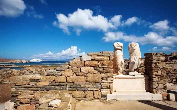 """لا يفوتك زيارة جزيرة """"ديلوس"""" ..عند السفر الى ميكونوس..."""