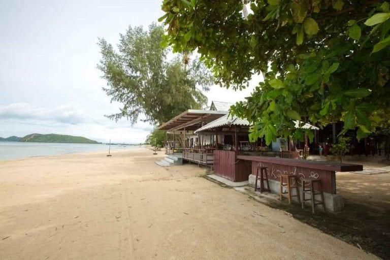 ميناء ثونغ سالاTongSala