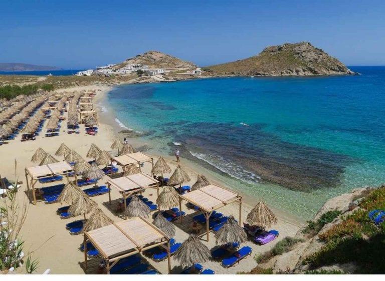 """""""الشواطىء"""" أجمل معالم السياحة في ميكونوس..."""