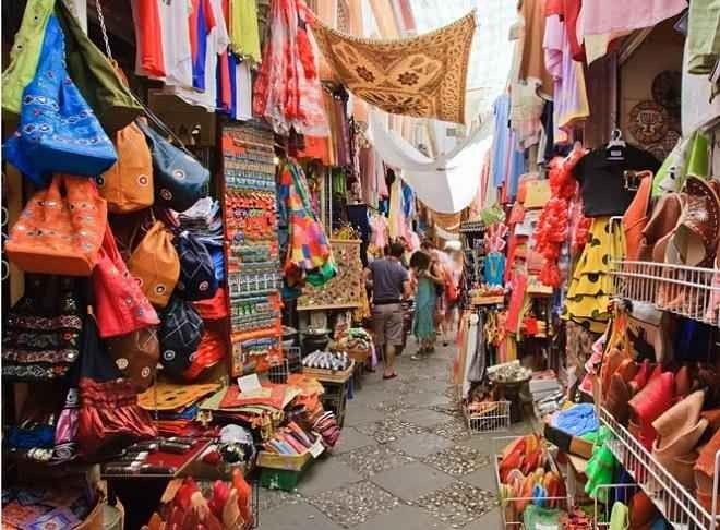 """"""" أسواق راجا أمباتRaja Ampat Islands Markets """" .."""
