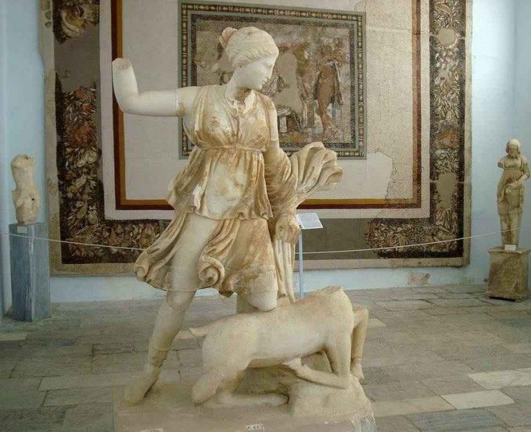 """متحف """"ديلوس"""" ...واحدا من اهم معالم السياحة في ميكونوس..."""