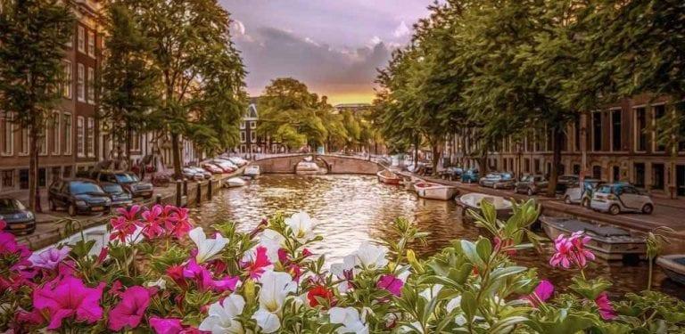 تعرف على..أجمل أماكن السياحة في زيلند الهولندية...