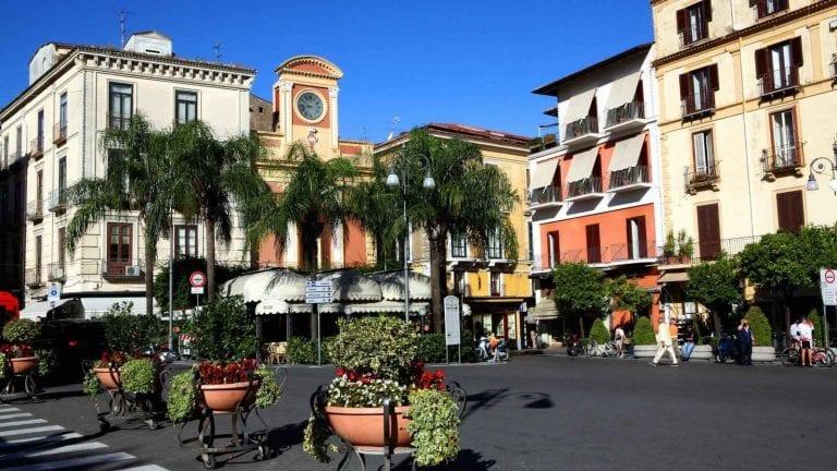 ساحة تاسوPiazza Tasso