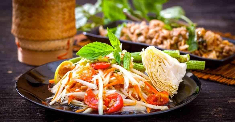 الأكلات المشهورة في تايلاند