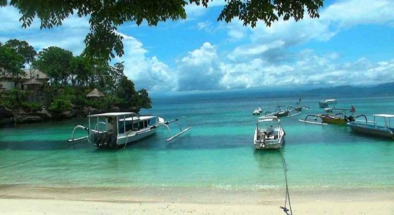 السياحة في جزيرة نوسا ليمبونغان اندونيسيا