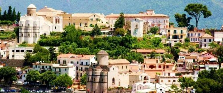 بلدة رافيلوRavello