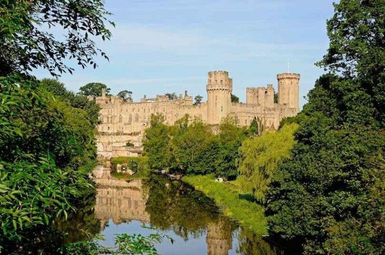 قلعة وارويكWarwick Castle