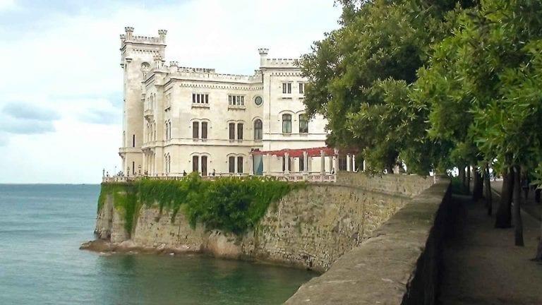 قلعة ميرامار Miramare Castle