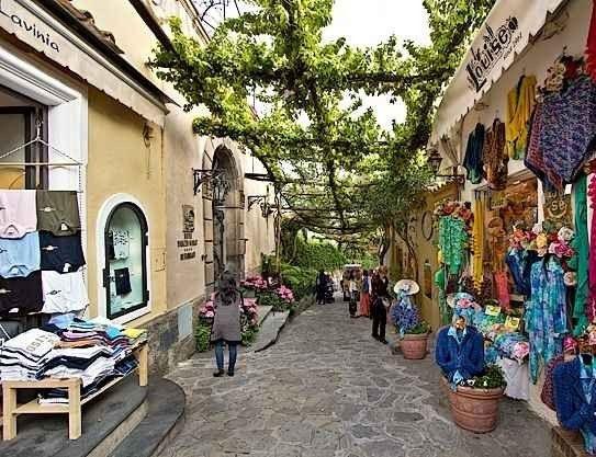 أسواق بوسيتانو Positano Markets