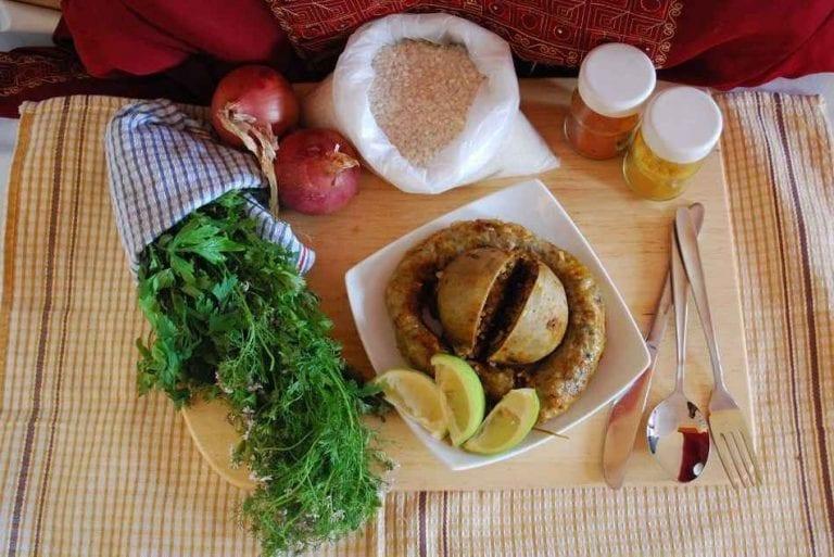 العصبان - الأكلات المشهورة في الجزائر Algeria