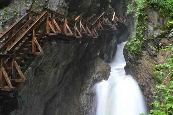 شلالات زغموند - المنتزهات في كابرونKaprun