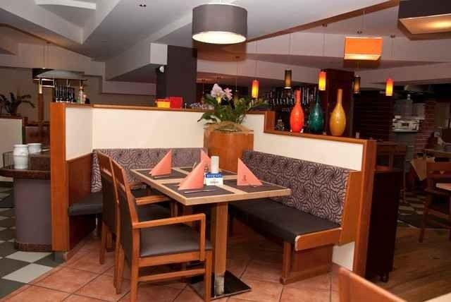 مطعم بيتزا القيصر في زيلامسي