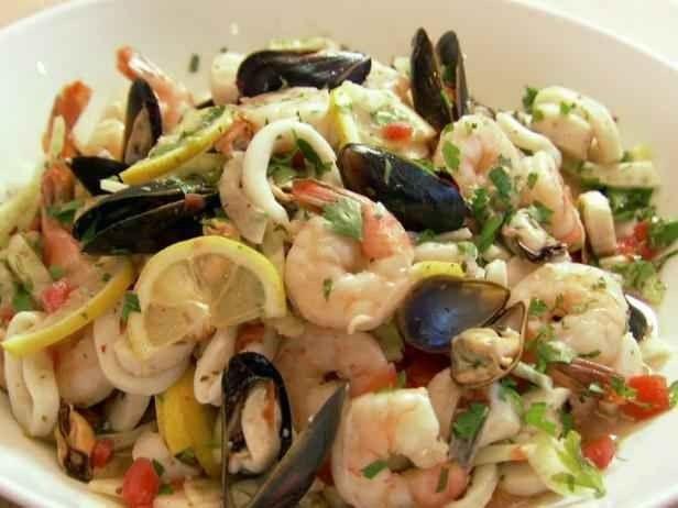 إليك أشهى الأكلات و أفضل المطاعم فى بوسيتانو ايطاليا