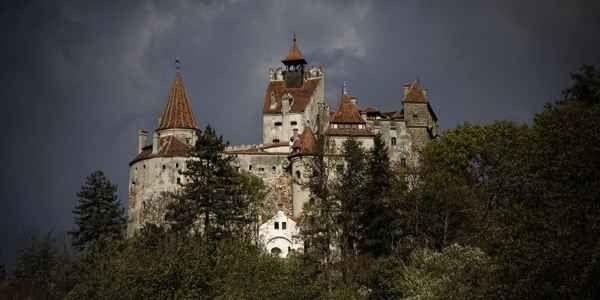 أنشطة يمكنك القيام بها فى قلعة دراكولا بوخارست
