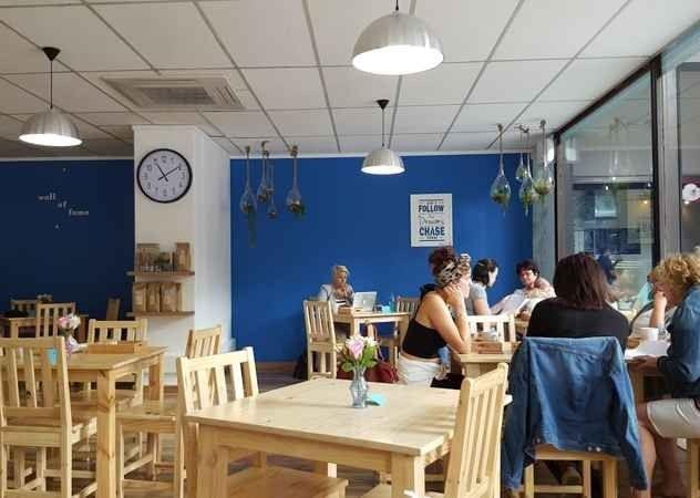 Brownies & Downies cafe