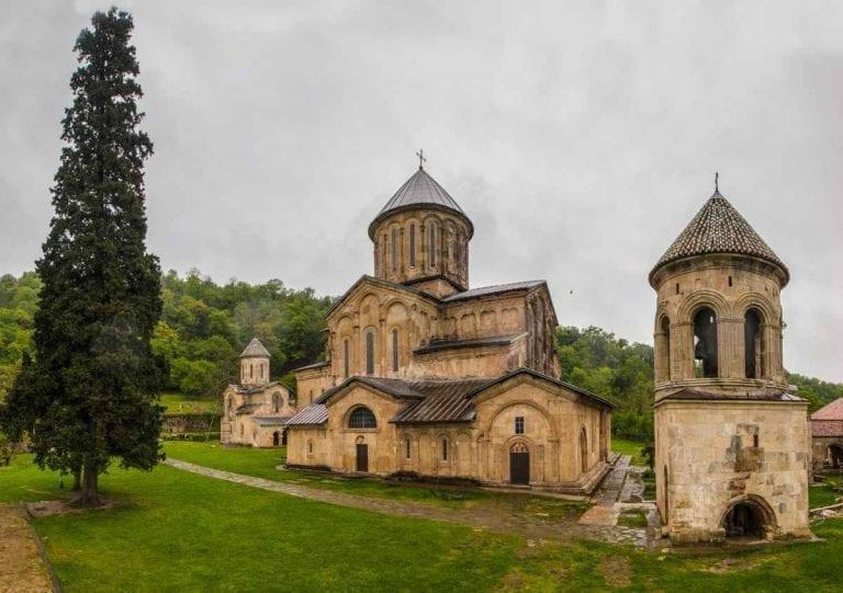 "دير إليفر دي "" Monastery of Alaverdi """