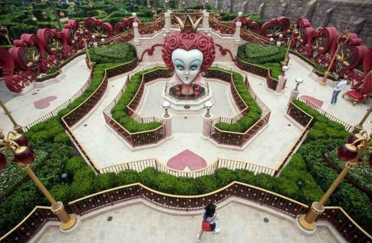"""""""ديزنى لاند""""..أجمل مدن الملاهي في شنغهاي..."""