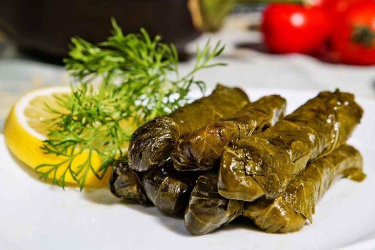 Dolmads دولمادس - الأكلات المشهوره في اليونان Greece