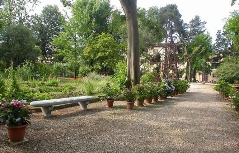 """حديقة """"مادونى""""..أحد أجمل الاماكن السياحية في تشفالو .."""