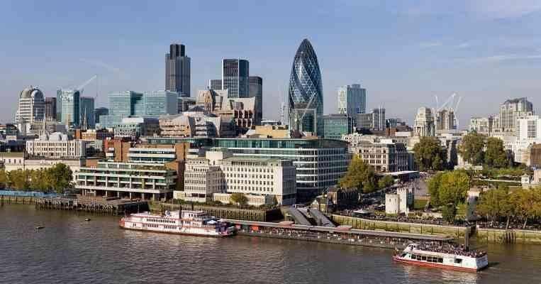 المناطق السياحية القريبة من لندن London