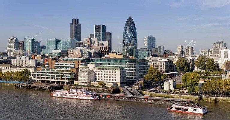 Photo of المناطق السياحية القريبة من لندن… تعرف علي أقرب المناطق السياحية لمدينة لندن