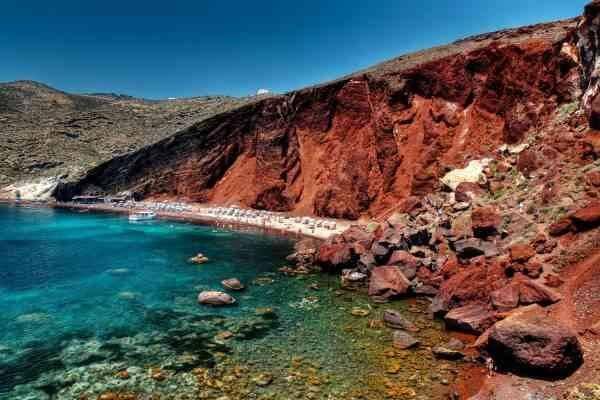 """اجمل الانشطة السياحية في """"الشاطىء الأحمر"""" باليونان.."""