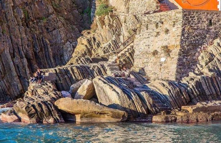 السياحة في قرية ريوماجيوري في إيطاليا