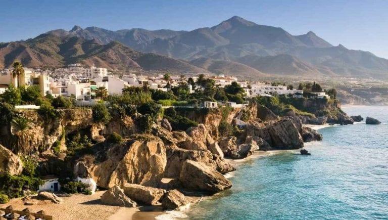 تعرف على أفضل الأوقات لزيارةمدينة ألميريا في اسبانيا