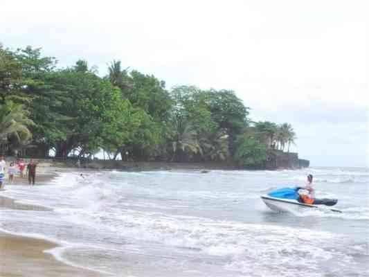 Anyer Beach - المناطق السياحية القريبة من جاكرتا Jakarta