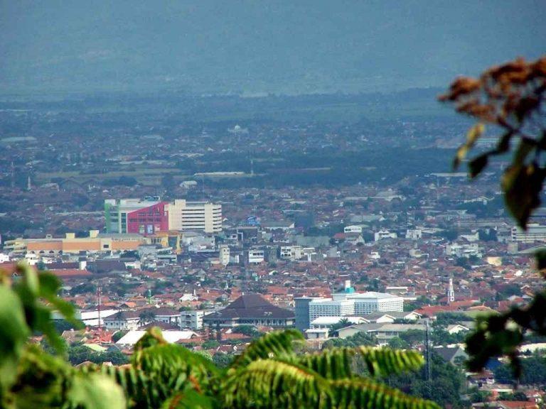 الأنشطة السياحية في باندونق Bandung