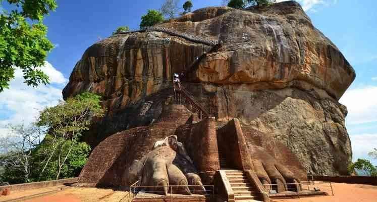 تسلق صخرة سيجيرا