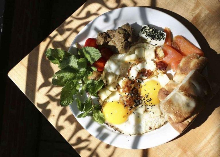 Takhte tavoos - مطاعم حلال في تورنتو Toronto