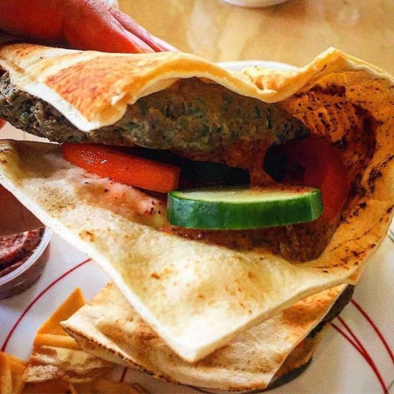 Teta Bakery and Mediterranean kitchen - مطاعم حلال في تورنتو Toronto