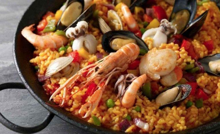 تعرف على أشهى الأكلات والمطاعم فى جزيرة ساموس اليونانية