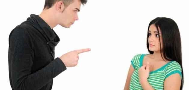 كيفية التعامل مع الزوجة العنيدة